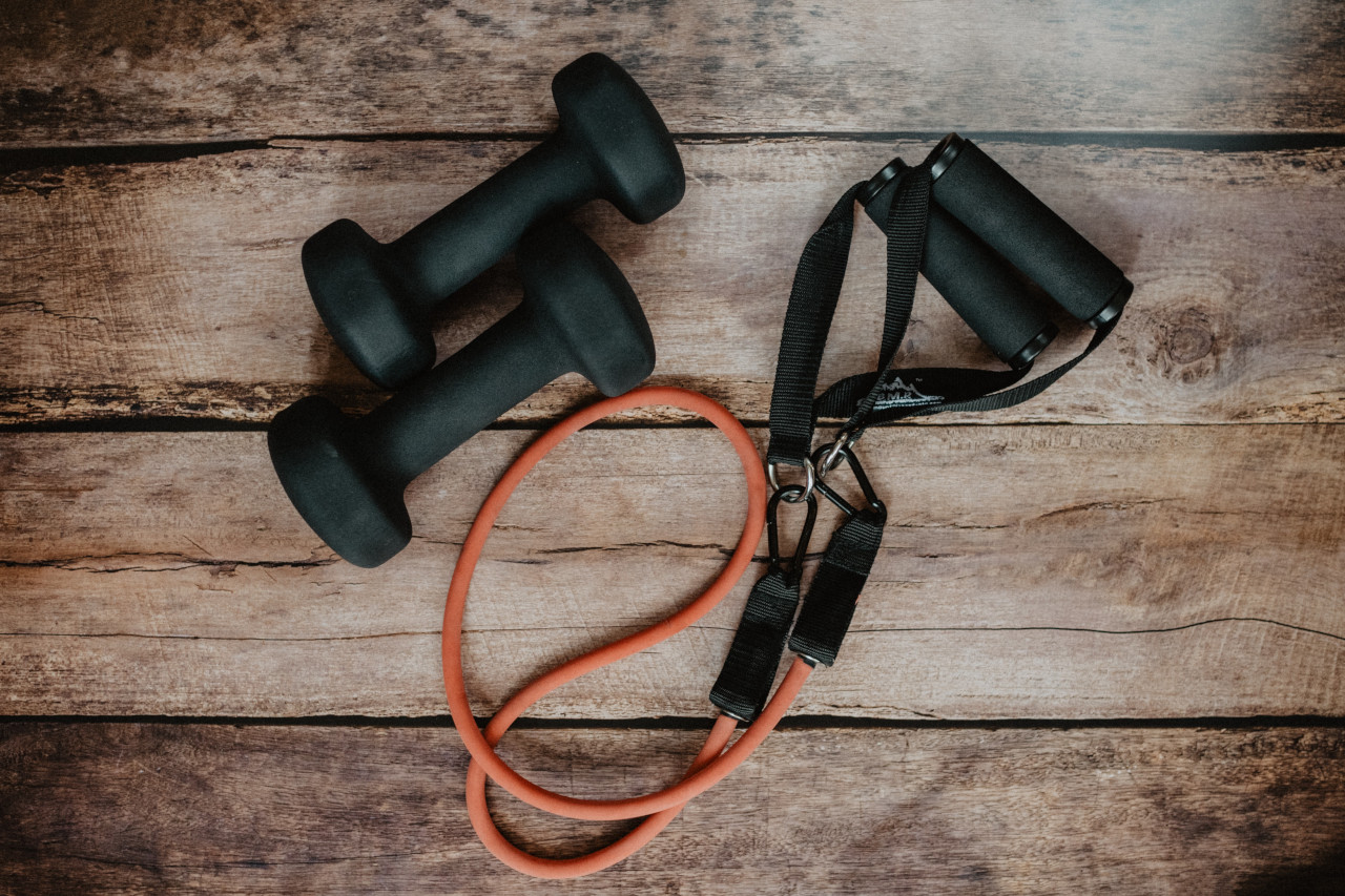 dumbbells and band